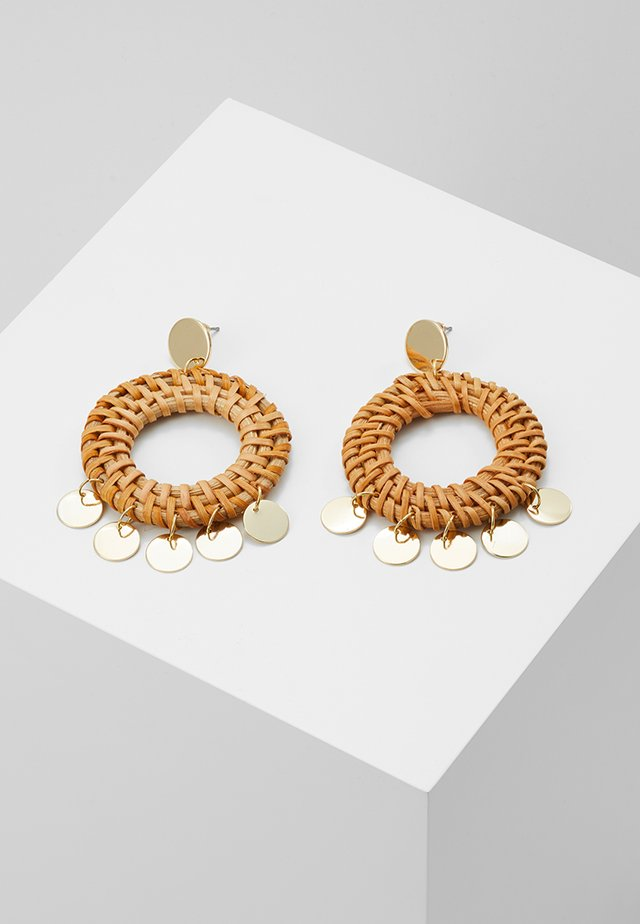 HOOP COIN STATEMENT EARRINGS - Korvakorut - pale gold-coloured