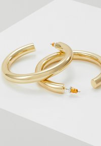Orelia - LARGE CLEAN CHUNKY HOOP - Boucles d'oreilles - pale gold-coloured - 2