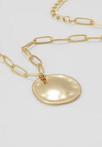 Orelia - COIN CHUNKY CHAIN BRACELET - Armbånd - pale gold-coloured - 4