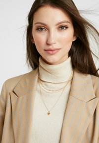Orelia - HEART PADLOCK CHAIN LAYERED 3 PACK - Necklace - pale gold-coloured - 1