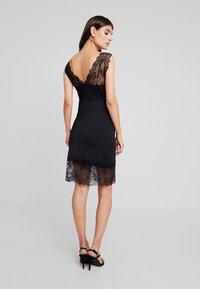 Rosemunde - BRIOCHE - Koktejlové šaty/ šaty na párty - black - 3