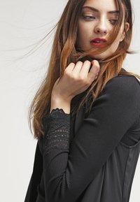 Rosemunde - SILK-MIX T-SHIRT REGULAR LS W/WIDE LACE - Top sdlouhým rukávem - schwarz - 3