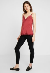 Rosemunde - BILLIE - Top - scarlet red - 1