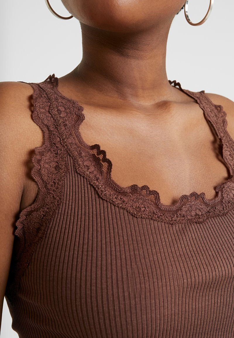 Rosemunde SILK-MIX TOP REGULAR W/VINTAG LACE - Topper - chestnut red