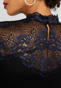 Rosemunde - BAYEUX - T-shirts med print - black - 5