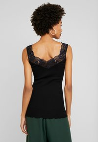 Rosemunde - SILK-MIX TOP REGULAR W/LACE - Topper - black - 2