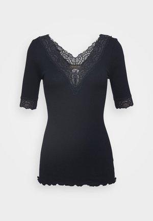 V NECK - Print T-shirt - dark blue
