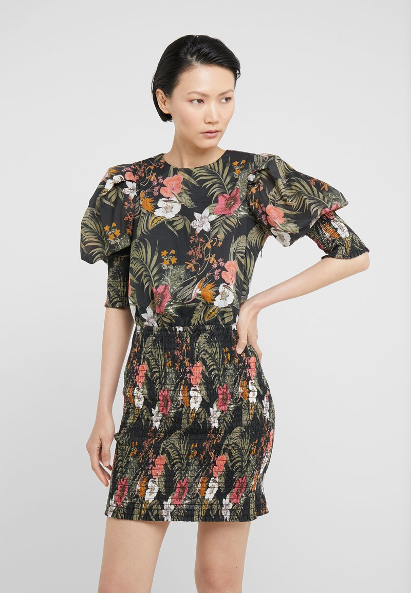 Rebecca Minkoff - GENEVA DRESS - Vapaa-ajan mekko - black/multi