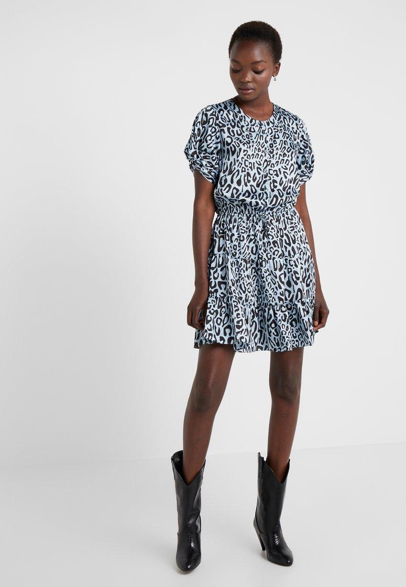 Rebecca Minkoff - ASTON DRESS - Blusenkleid - sky blue multi