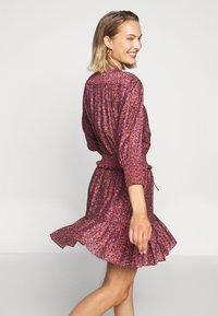 Rebecca Minkoff - DRESS - Košilové šaty - red/blue - 5