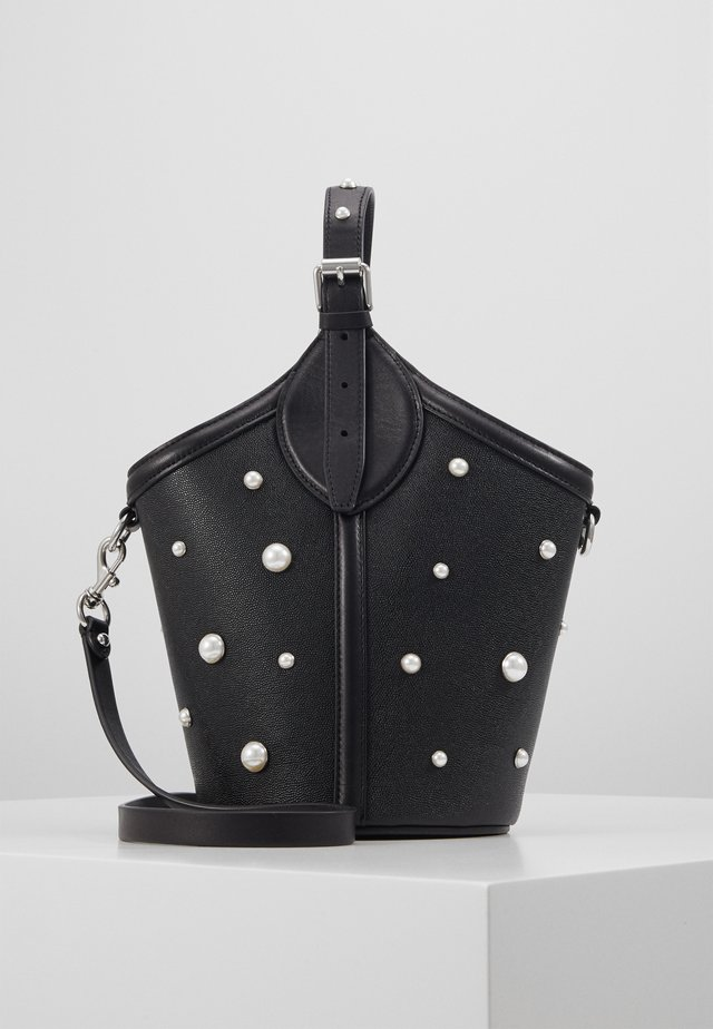 PIPPA TOP HANDLE PEARL STUDS - Handtasche -  black