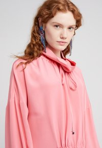 Rebecca Minkoff - GEMMA WINGED FRINGE - Boucles d'oreilles - true multi - 1