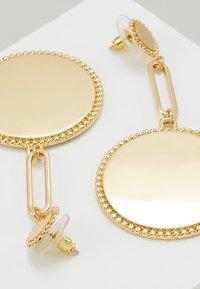 Rebecca Minkoff - DOUBLE MEDALLIAN DROP EARRING - Earrings - gold-coloured - 4