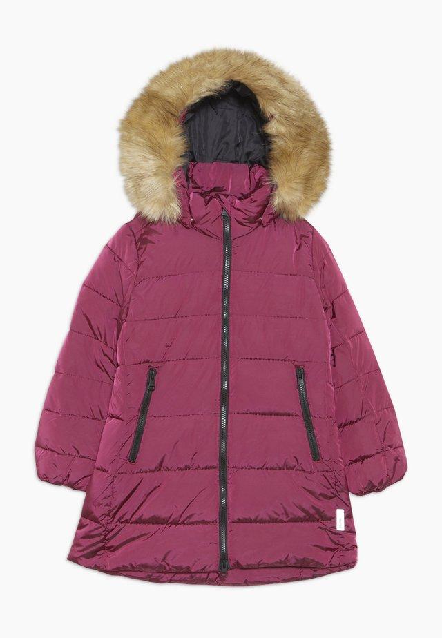 LUNTA - Wintermantel - raspberry pink