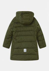 Reima - LUNTA UNISEX - Płaszcz zimowy - khaki green - 2