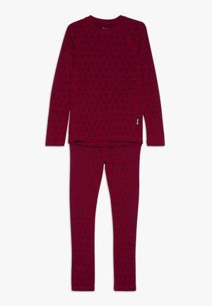 TAIVAL SET - Unterhemd/-shirt - cranberry pink