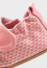 Robeez - KALIPSO - Chaussons pour bébé - rose - 5