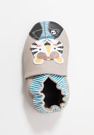 COOL TIGER - Chaussons pour bébé - gris taupe