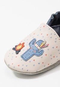 Robeez - TIPI - First shoes - beige/bleu - 2