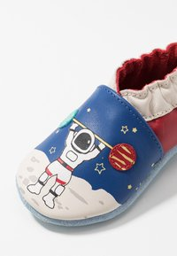 Robeez - MISTER SPACEMAN - First shoes - bleu fonce/klein rouge - 2