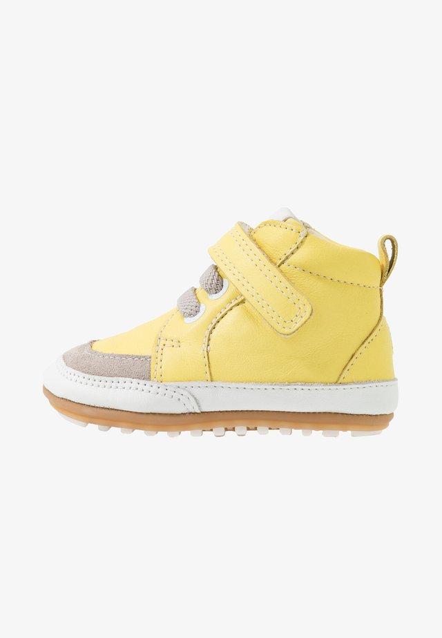 MIGOLO - Babyschoenen - jaune