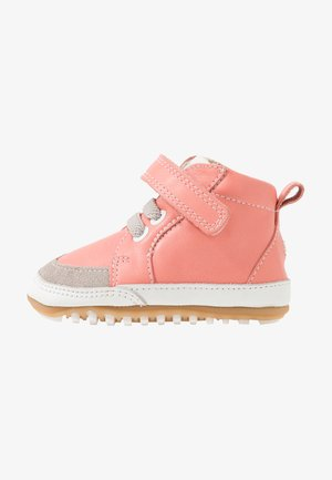 MIGOLO - First shoes - rose