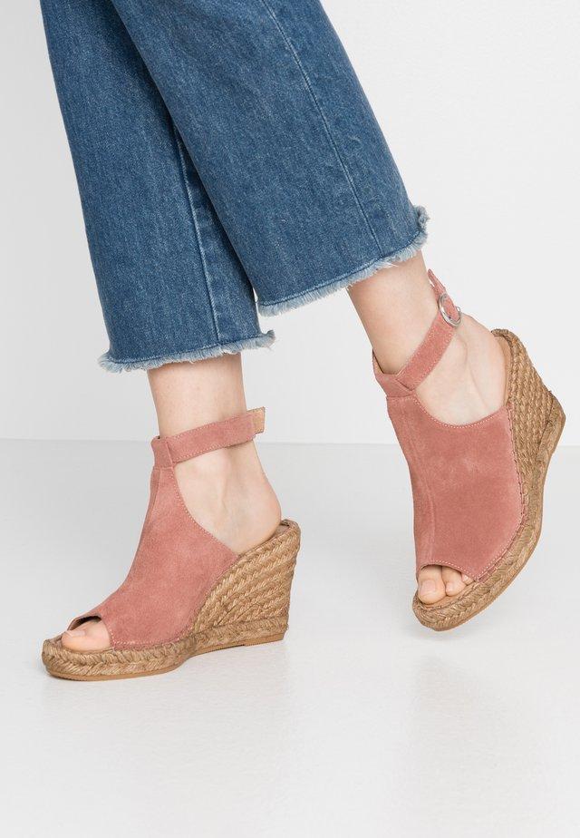 WAYFARER WEDGE - High Heel Sandalette - nude