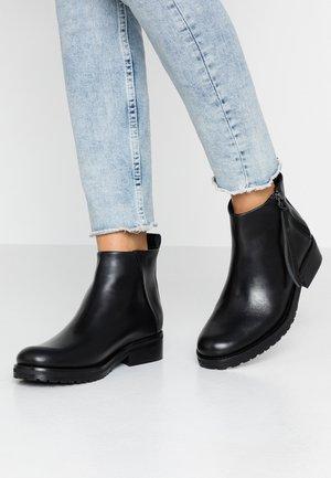 AVE ZIP - Kotníková obuv - black