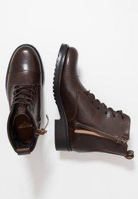 Royal RepubliQ - AVE LACE UP BOOT - Botines con cordones - brown - 3