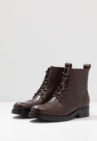 Royal RepubliQ - AVE LACE UP BOOT - Botines con cordones - brown - 4