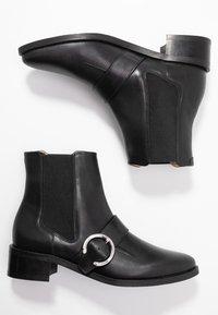 Royal RepubliQ - ELITE BUCKLE CHELSEA - Kotníkové boty - black - 3