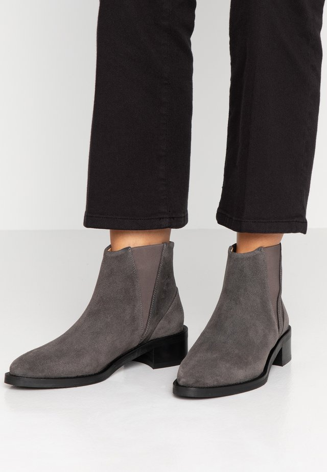 ELITE CHELSEA - Ankle boot - anthracite