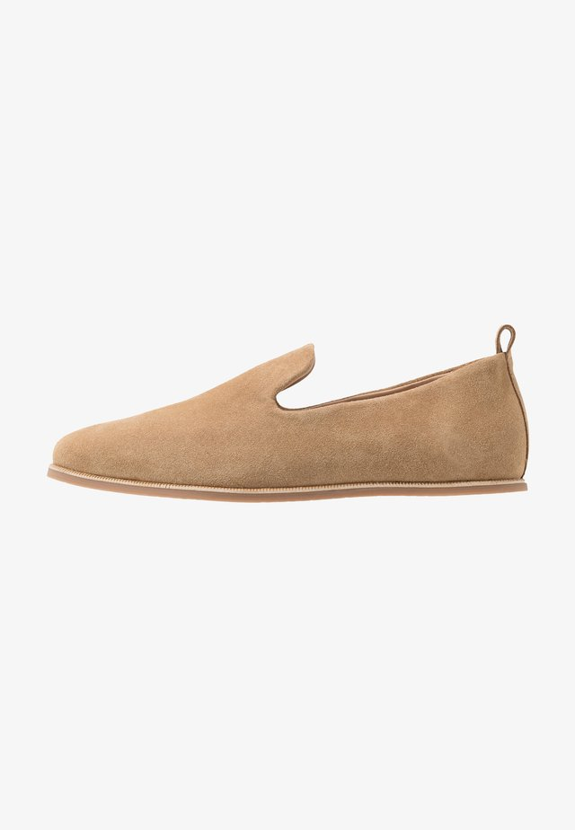 EVO LOAFER - Loafers - camel