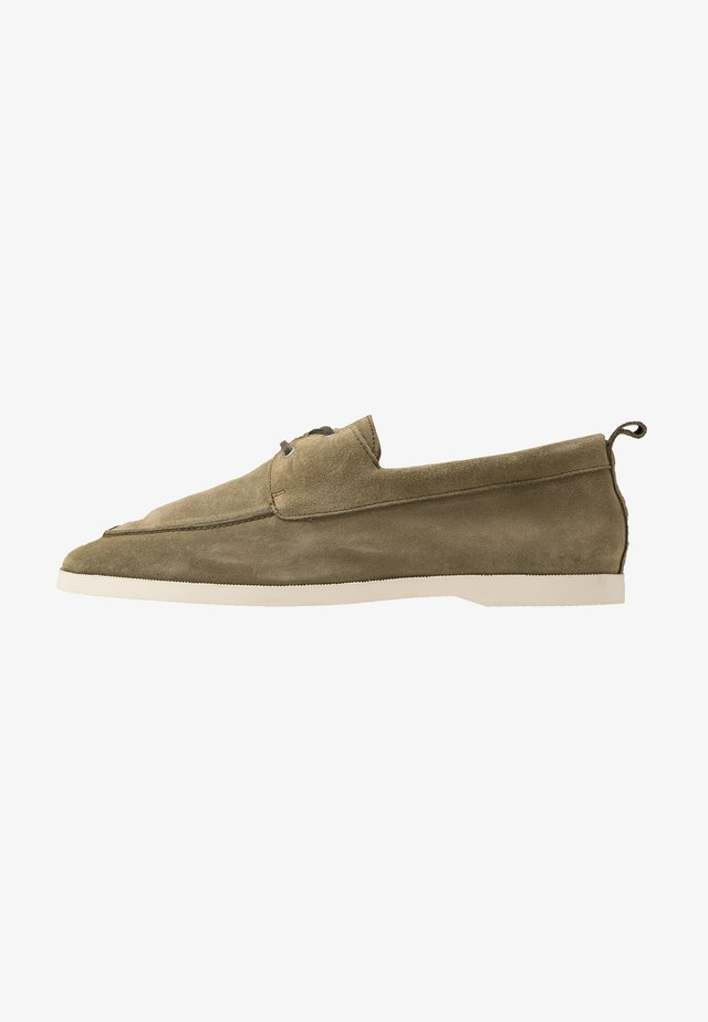 WAVE LOAFER - Sporty snøresko - olive
