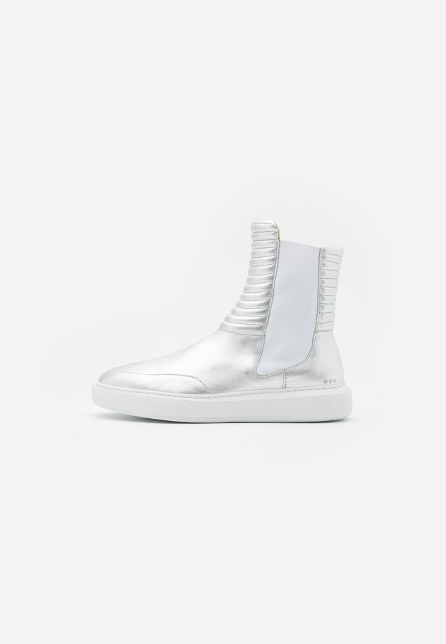 COSMOS MISSION CHELSEA - Classic ankle boots - silver