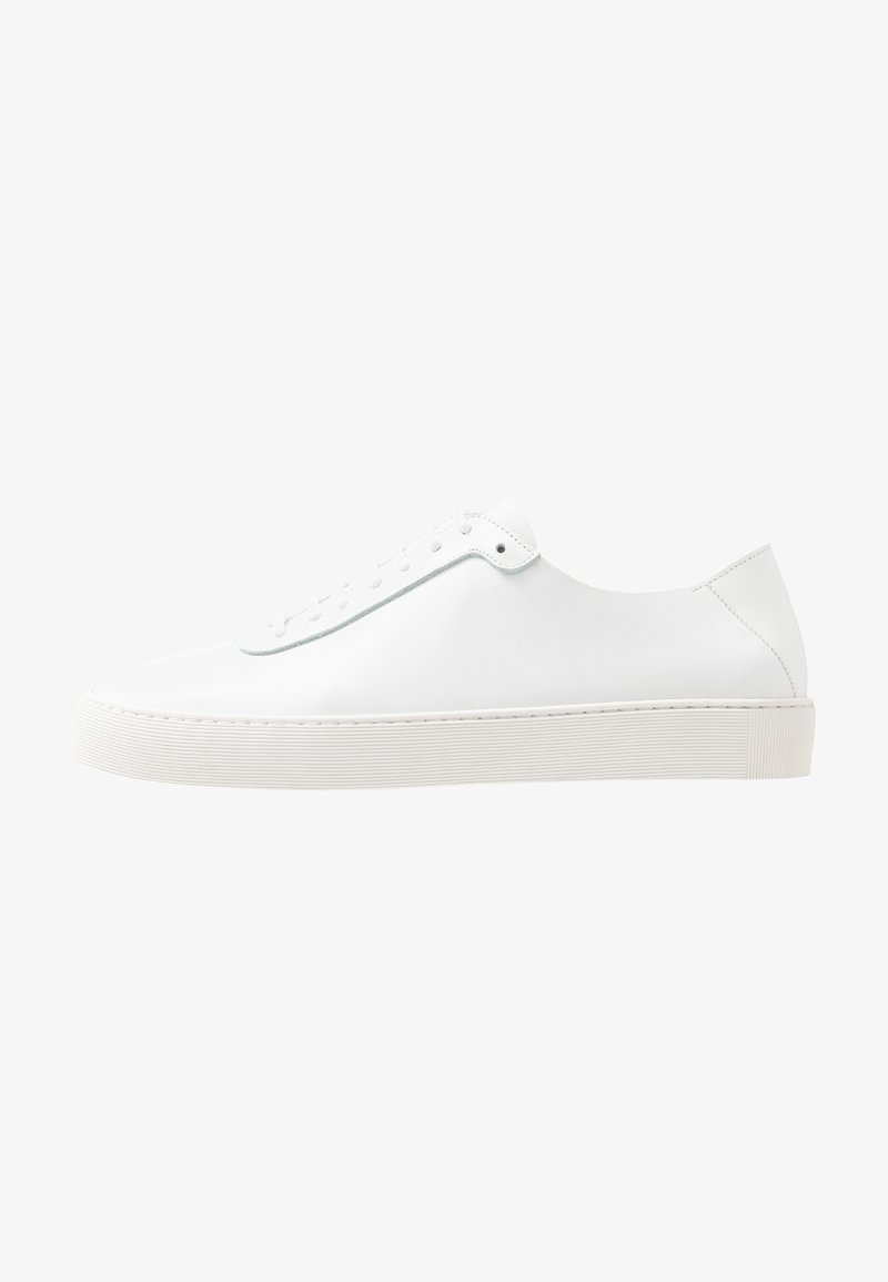 Royal RepubliQ - DORIC OXFORD SHOE - Trainers - white