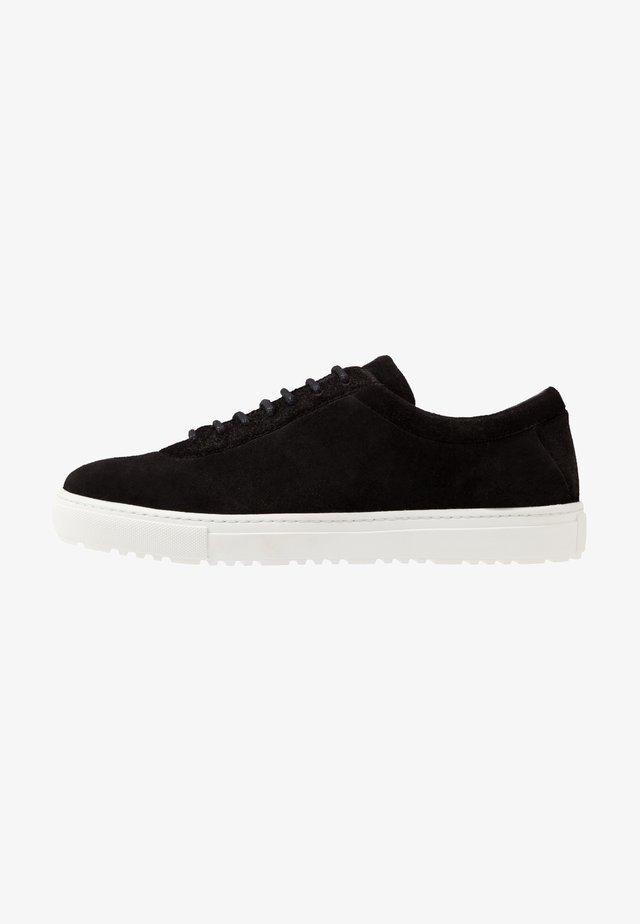 SPARTACUS HIKER OXFORD SHOE - Sneaker low - black