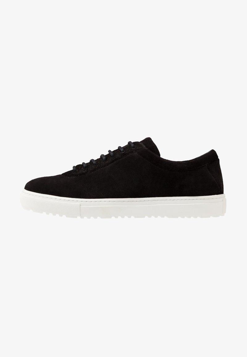 Royal RepubliQ - SPARTACUS HIKER OXFORD SHOE - Sneaker low - black