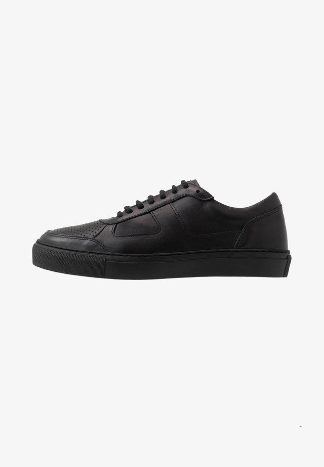 SPARTACUS - Sneakers - black