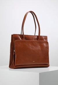 Royal RepubliQ - MEL - Tote bag - cognac - 0