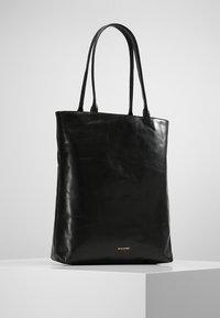 Royal RepubliQ - ESSENTIAL TOTE - Shopping bag - black - 0