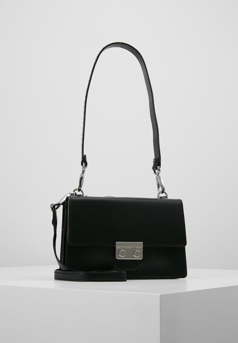 Royal RepubliQ - NEW CONDUCTOR - Handbag - black