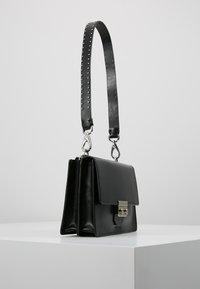 Royal RepubliQ - NEW CONDUCTOR - Handbag - black - 3