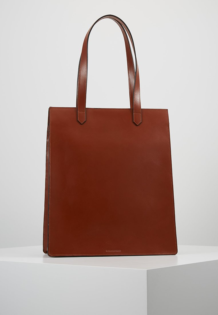Royal RepubliQ - NEW CONDUCTOR TOTE - Shoppingveske - cognac