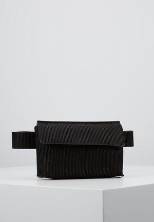 ELITE BUMBAG - Bum bag - black