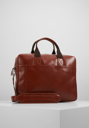 BASIS DAY BAG - Stresskoffert - cognac