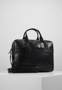 Royal RepubliQ - BASIS DAY BAG - Briefcase - black - 0