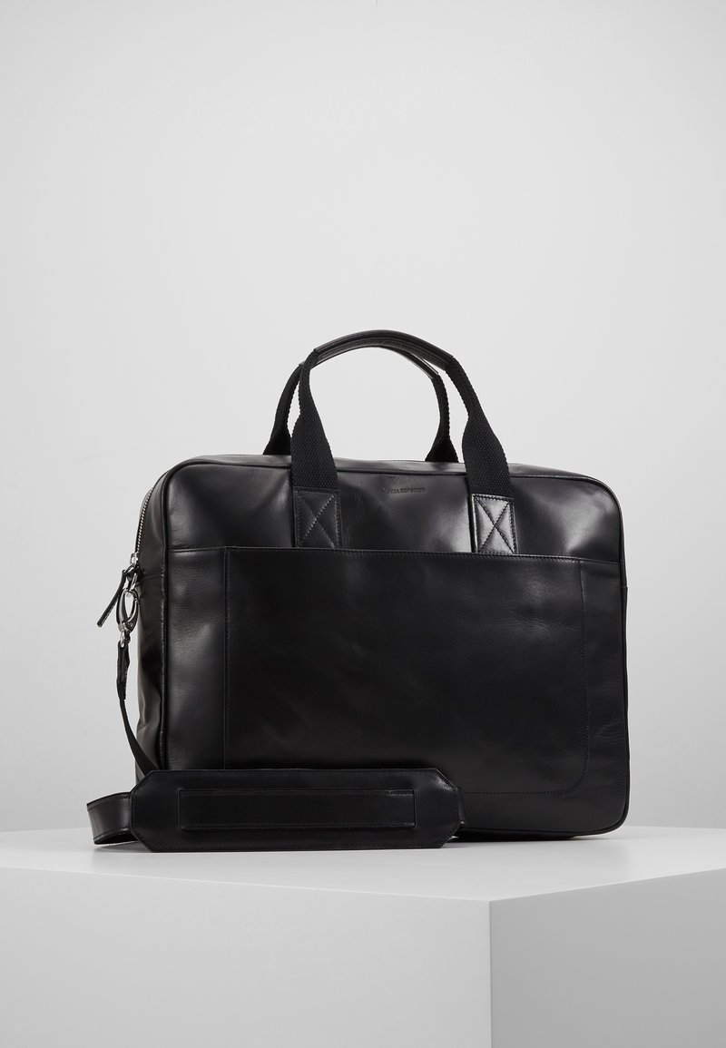 Royal RepubliQ - BASIS DAY BAG - Briefcase - black