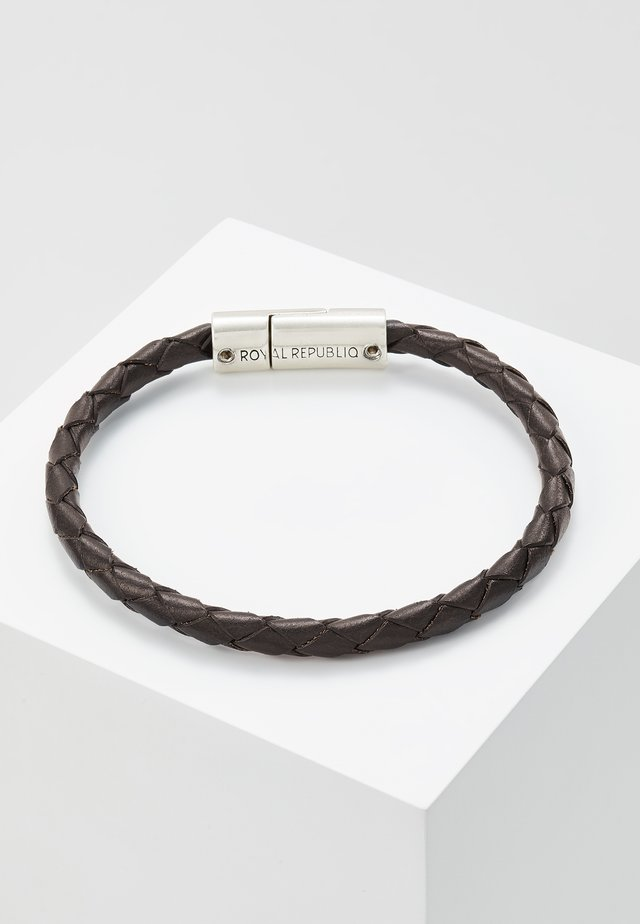 BRAIDED BRACELET - Armband - brown