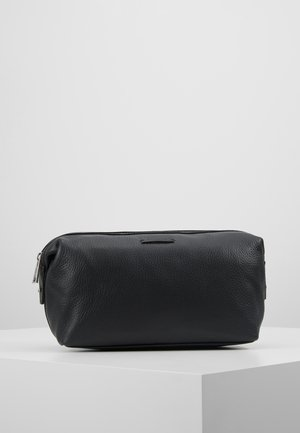 SEEKER WASHBAG - Kosmetiktasker - black